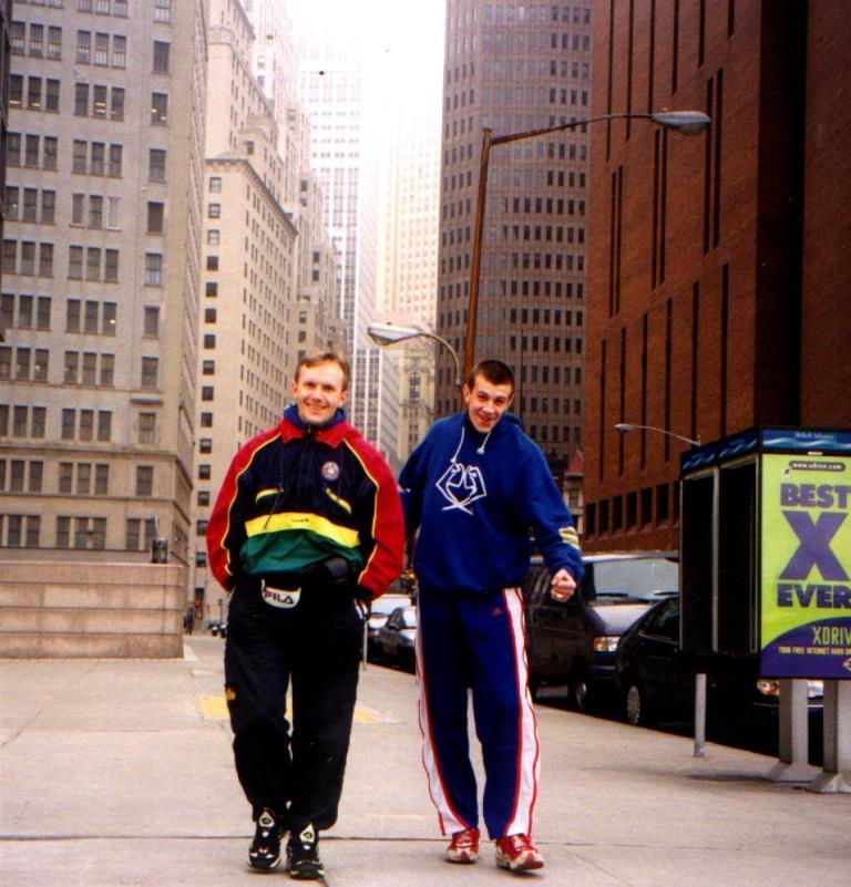 Тренер и Шакута в США