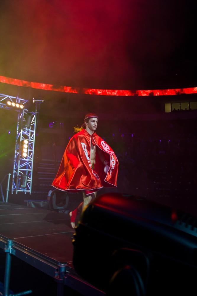 Выход на бой за титул чемпиона мира